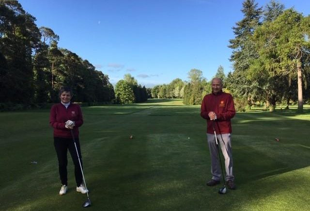 The-first-to-tee-off-at-Burford-this-morning-were-captains-Julie-Talbot-and-David-Bell-640x436